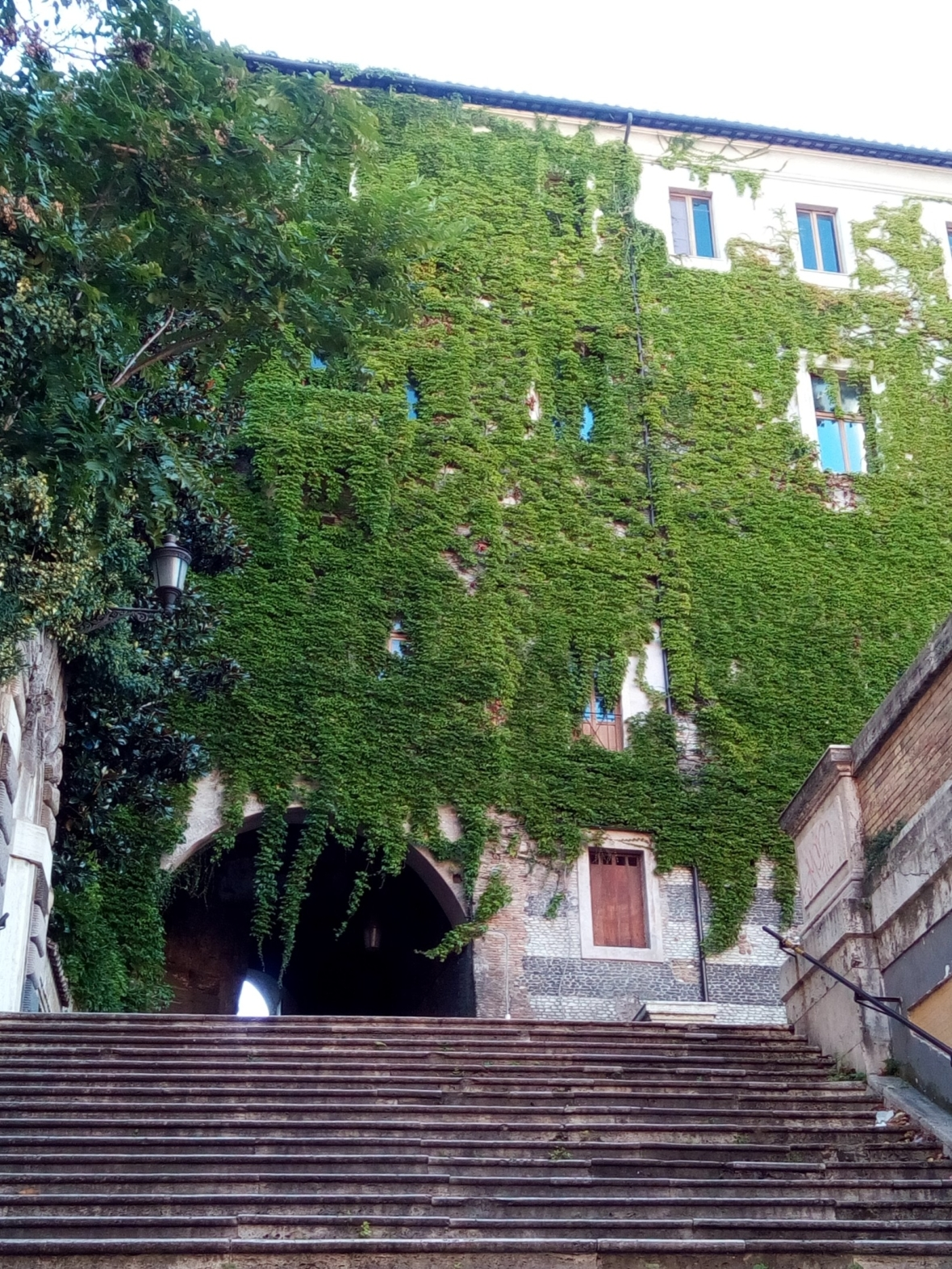 Rione Monti - Via San Francesco di Paola