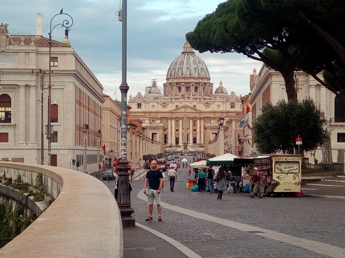 View on Via della Conciliazione and Saint Peter Basilic