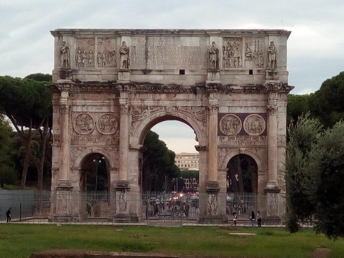 Constantin Arch