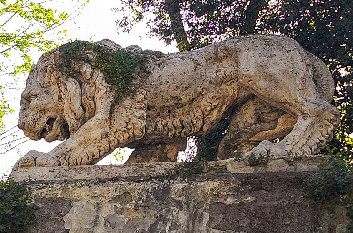 Rome – Fantastic Animals of Villa Borghese