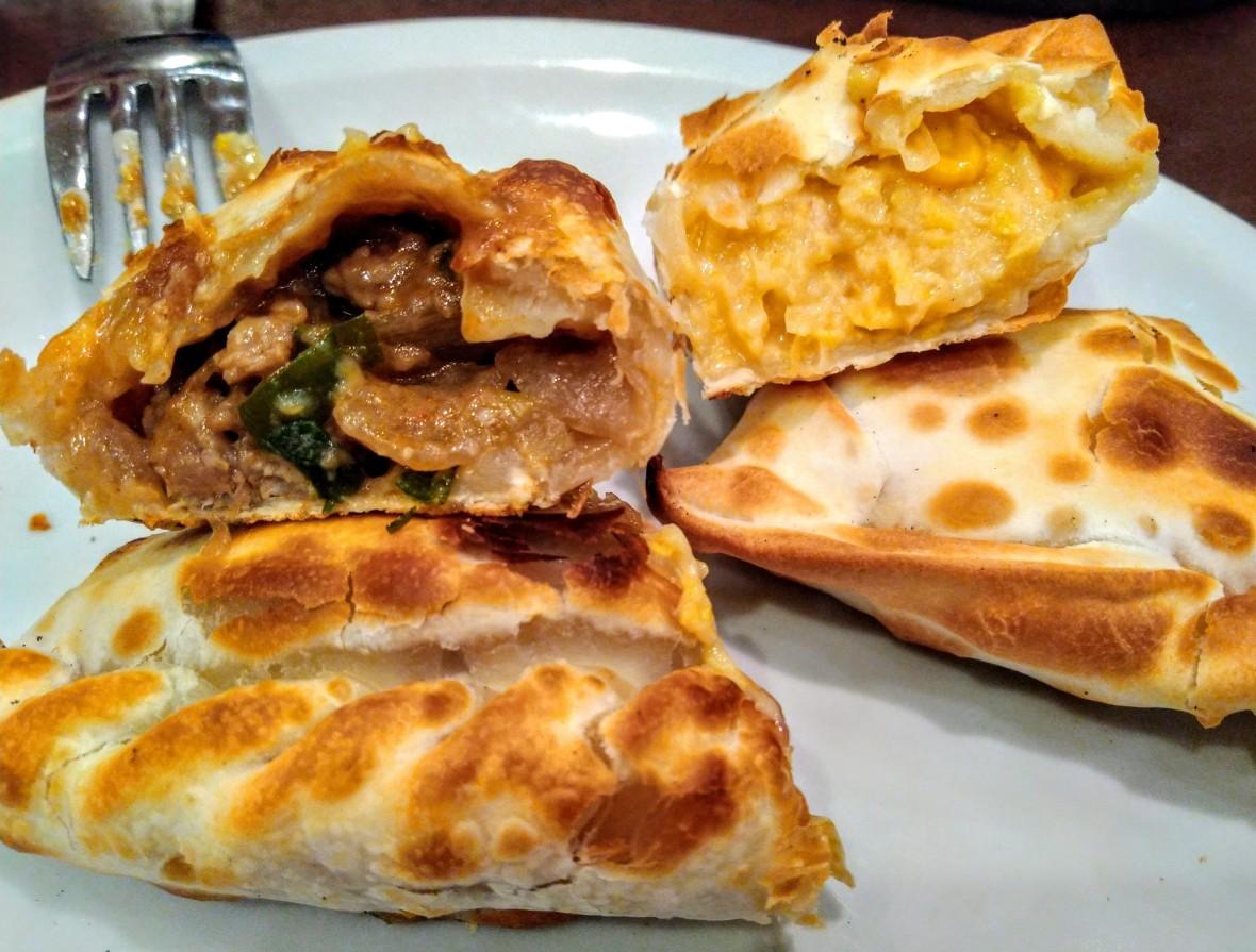 Empanadas de carne y humita