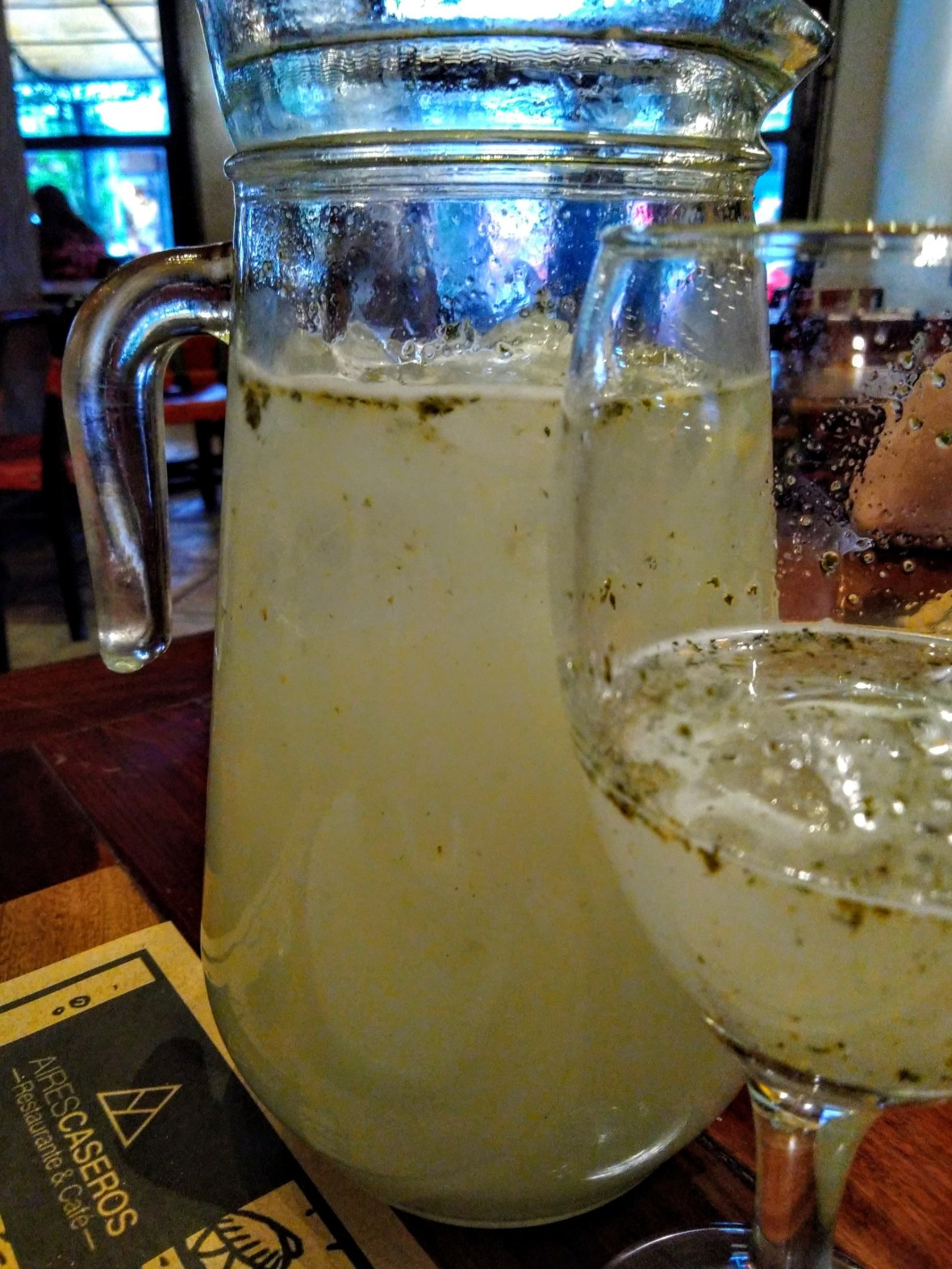 Lemonade with ginger and peppermint