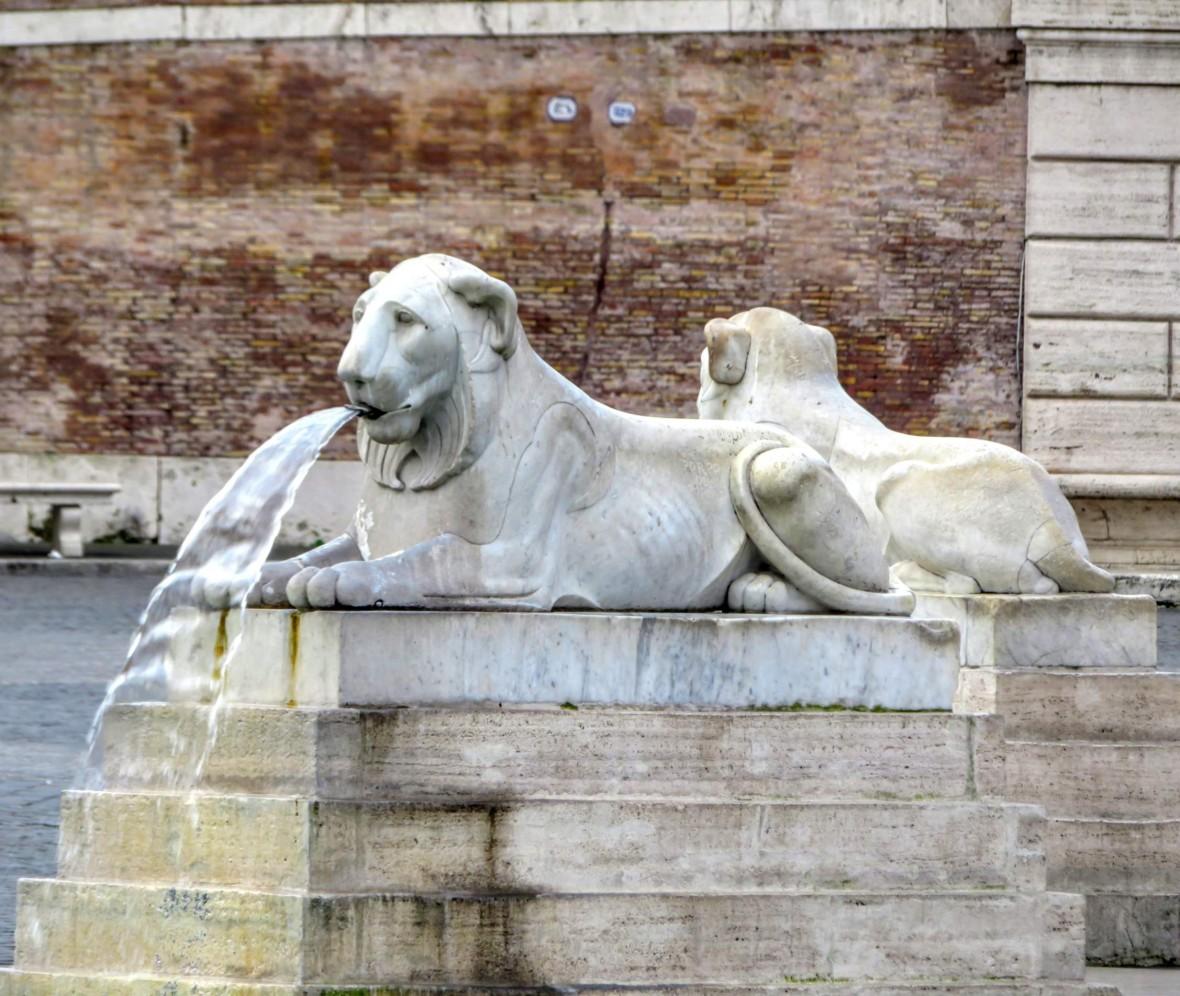 Fountain of the Lions in Piazza del Popolo